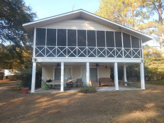 1052 Lakefront Drive, Abbeville, AL 36310 (MLS #162820) :: Team Linda Simmons Real Estate