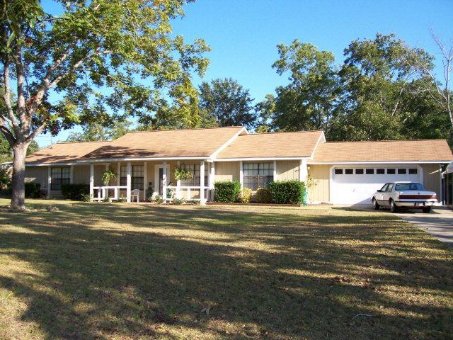 106 Watkins Drive, Dothan, AL 36301 (MLS #169664) :: Team Linda Simmons Real Estate