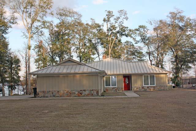 396 Woodlawn Drive, Eufaula, AL 36027 (MLS #172502) :: Team Linda Simmons Real Estate