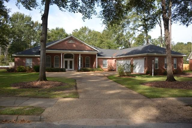 122 Lucy Lane, Dothan, AL 36303 (MLS #172742) :: Team Linda Simmons Real Estate