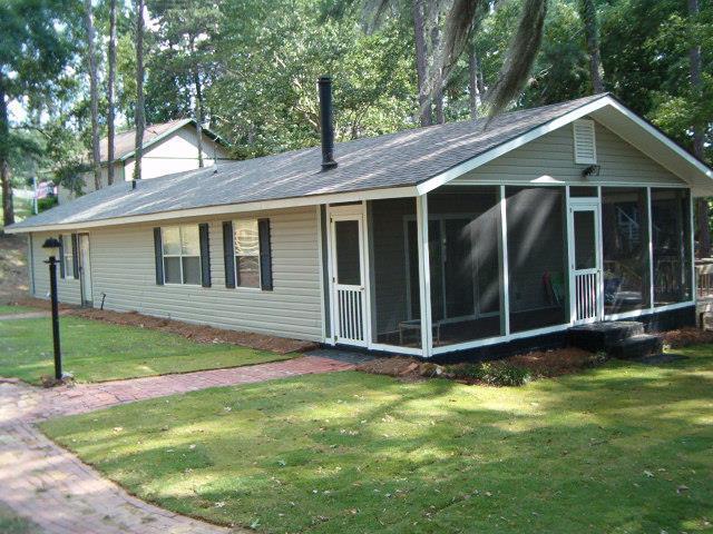 1275 Lakeview Street, Abbeville, AL 36310 (MLS #173965) :: Team Linda Simmons Real Estate