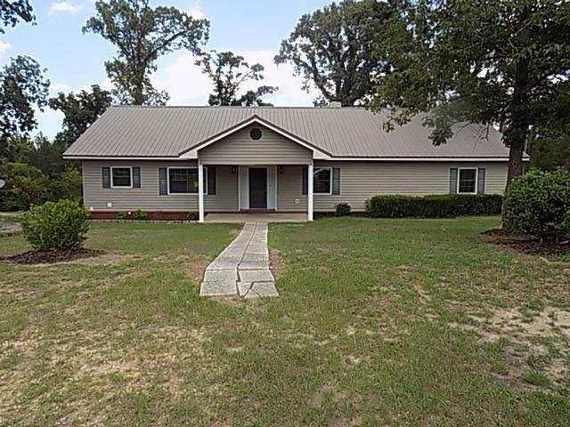 445 S County Road 95, Gordon, AL 36343 (MLS #176334) :: Team Linda Simmons Real Estate