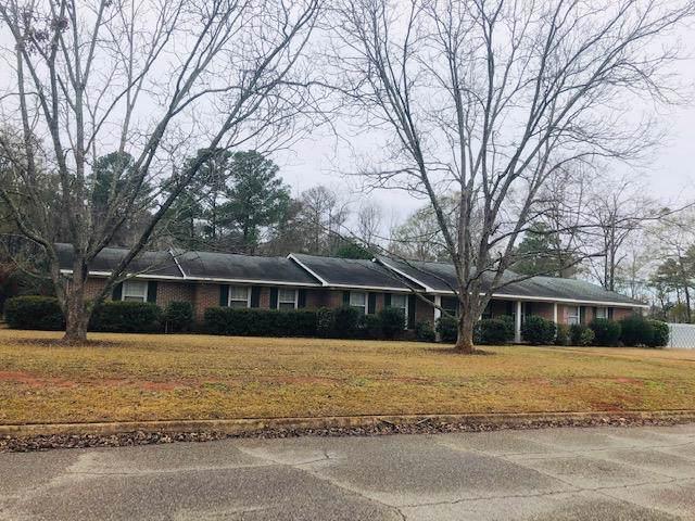 2001 Hardwick, Dothan, AL 36303 (MLS #176630) :: Team Linda Simmons Real Estate
