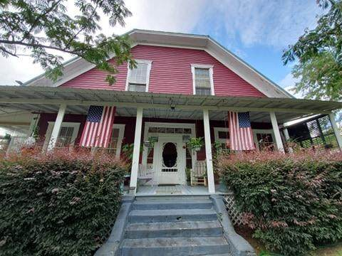 305 Jefferson Street, Ft. Gaines, GA 39851 (MLS #178436) :: Team Linda Simmons Real Estate