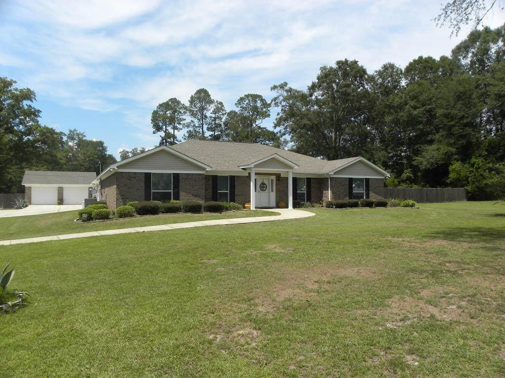 883 Martin Luther King Drive, Brewton Alabama - Photo 1
