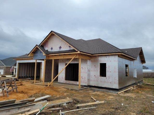 107 N Cabrio Way, Headland, AL 36345 (MLS #181754) :: Team Linda Simmons Real Estate