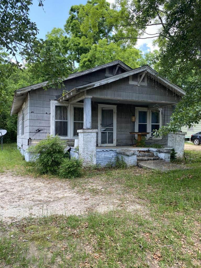 823 Webb Road - Photo 1