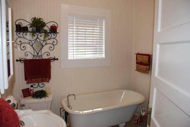 700 College St, Enterprise, AL 36330 (MLS #182933) :: Team Linda Simmons Real Estate
