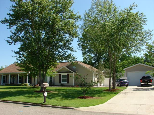 3901 Apache Drive, Dothan, AL 36301 (MLS #173815) :: Team Linda Simmons Real Estate