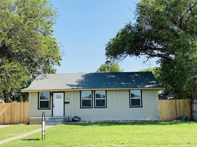701 E 3rd St, Dumas, TX 79029 (#BH-2315) :: RE/MAX Town and Country