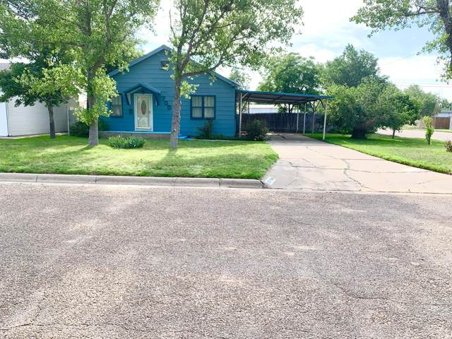 700 Cedar Ave, Dumas, TX 79029 (#BH-2316) :: RE/MAX Town and Country