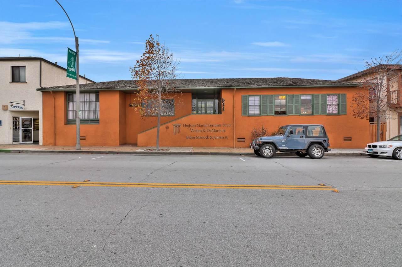 490 Calle Principal - Photo 1