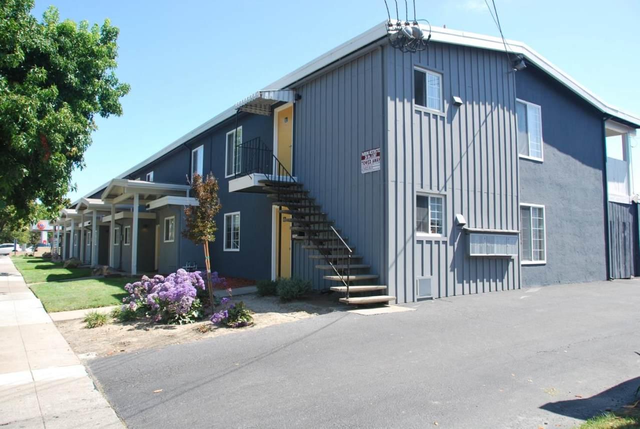 6054 Cedar Boulevard - Photo 1