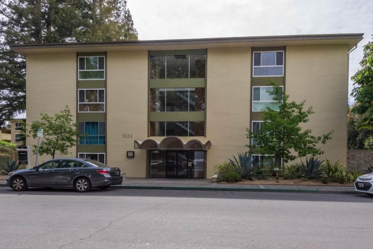 1033 Crestview Drive - Photo 1