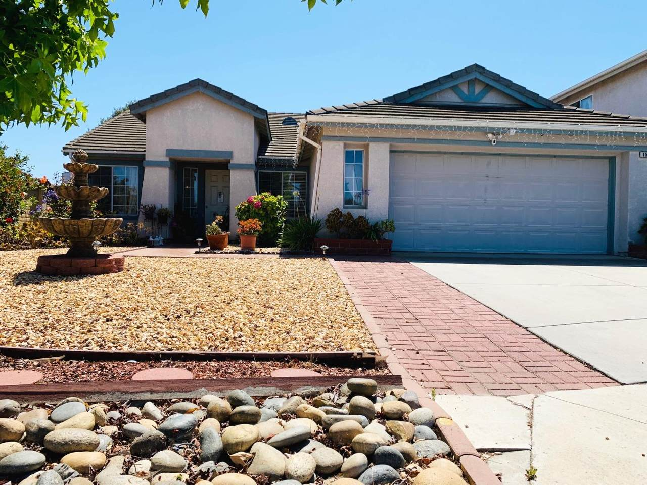 1546 Madrone Drive - Photo 1
