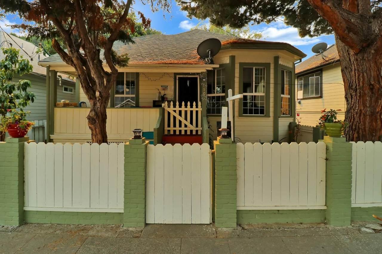 410 Cypress Avenue - Photo 1