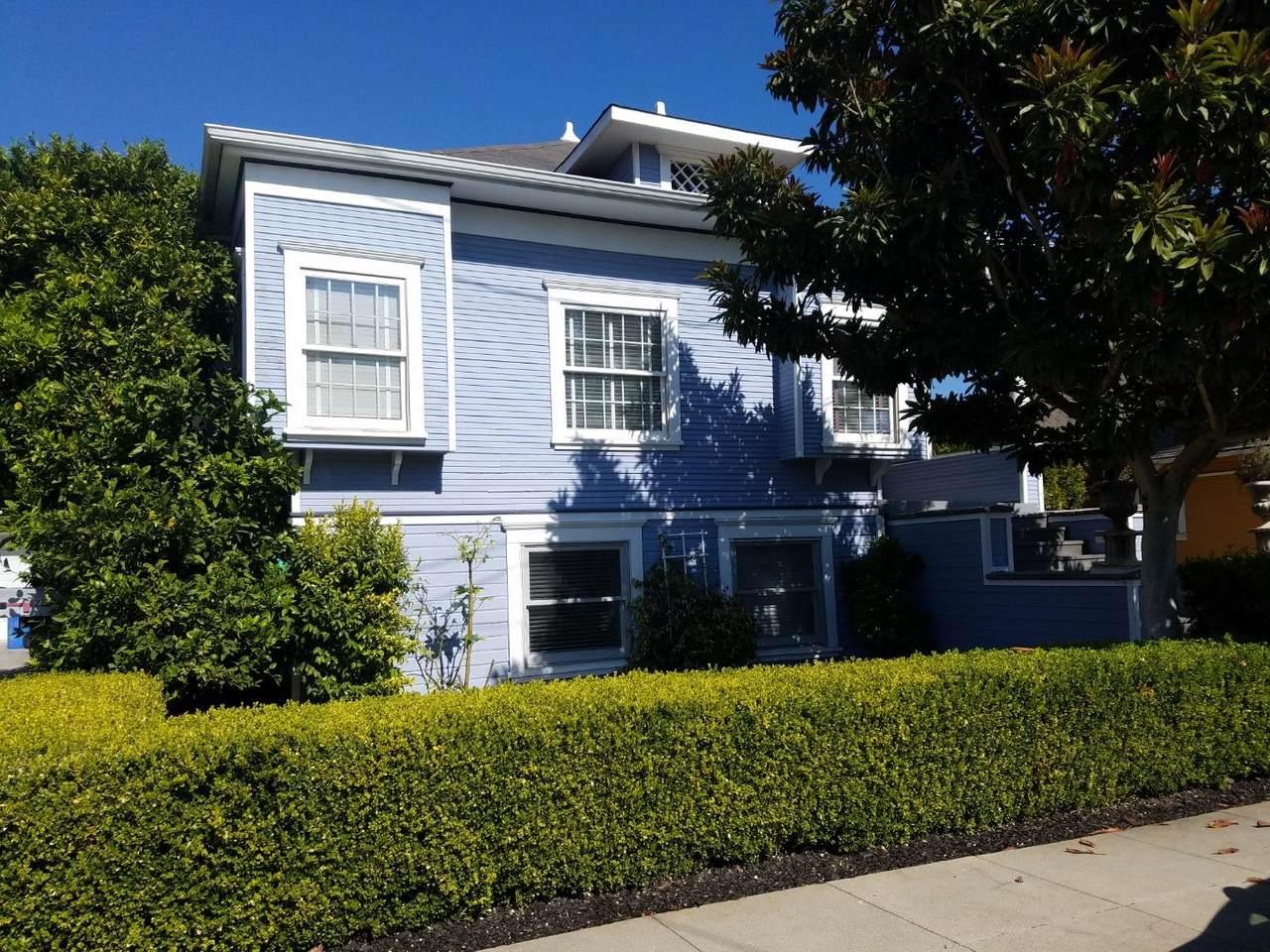 218-220 Otis Street - Photo 1