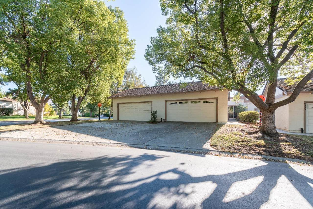 6360 Whaley Drive - Photo 1