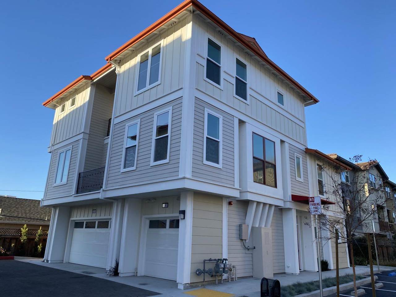 3811 Pioneer Terrace - Photo 1