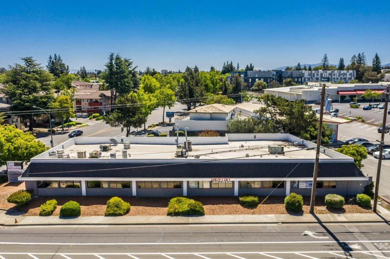 2425 California Street - Photo 1