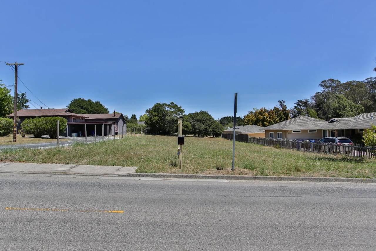 1032 Western Drive - Photo 1