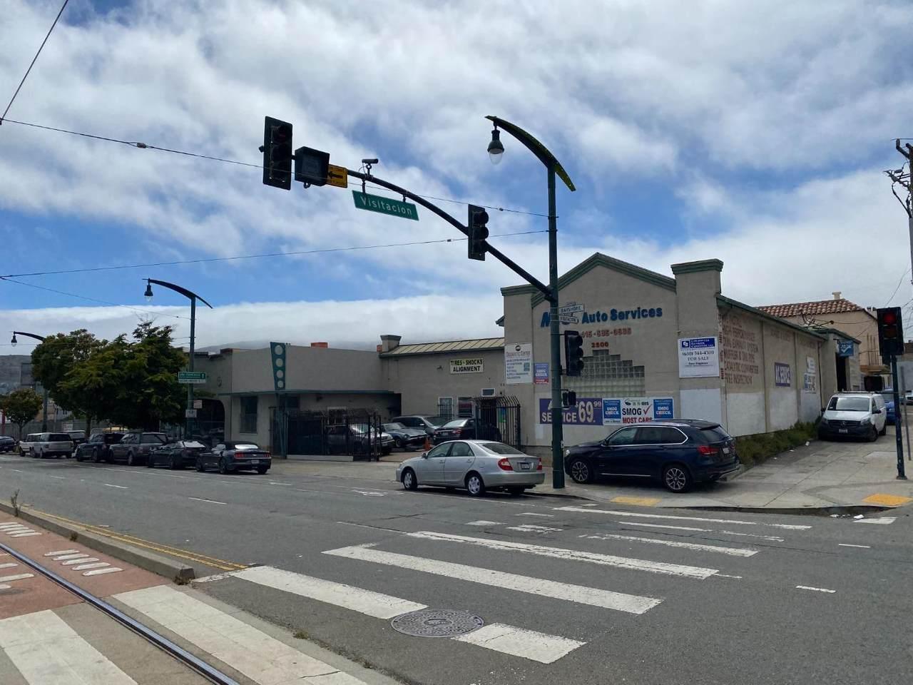 2510 Bayshore Boulevard - Photo 1