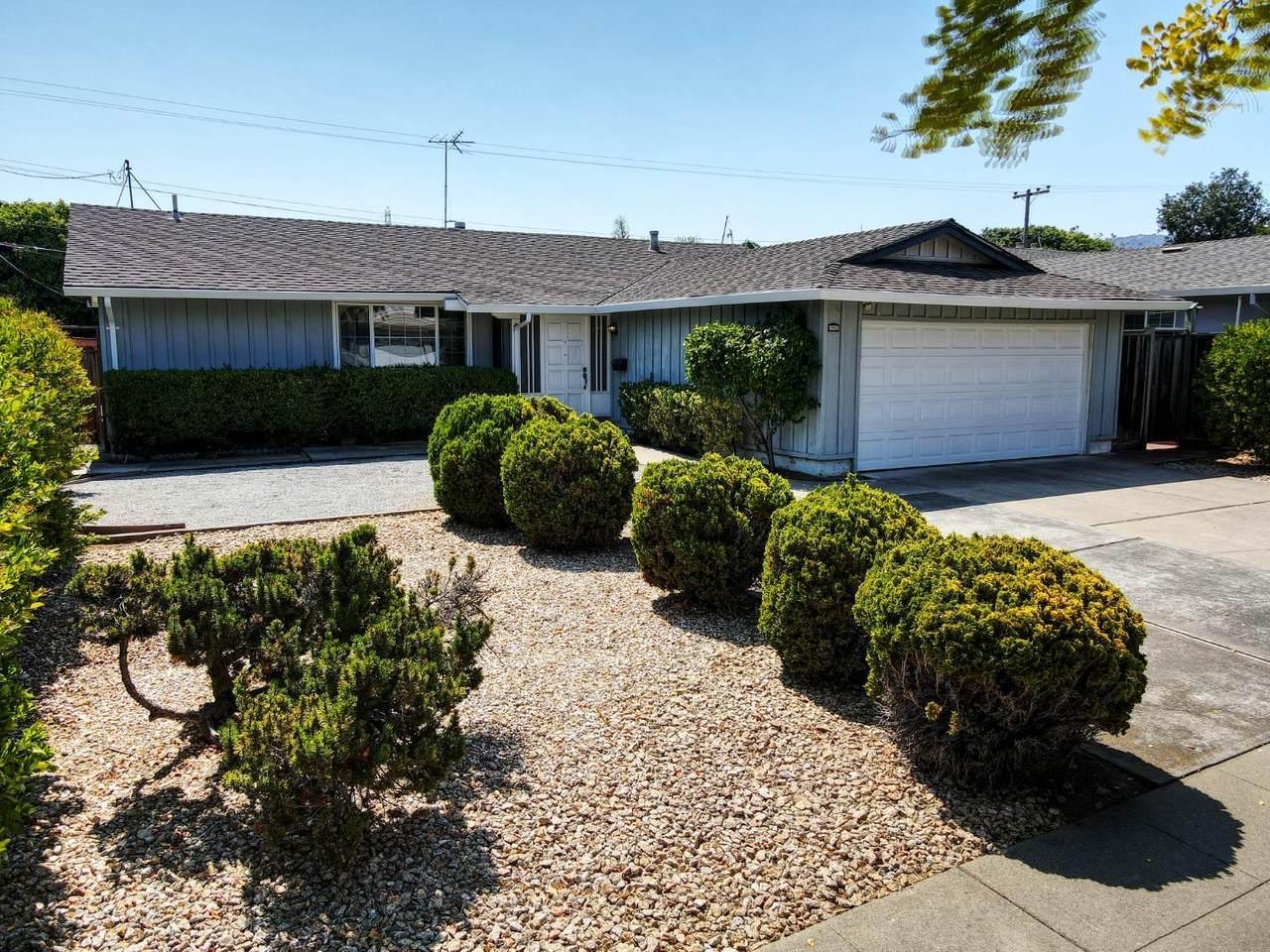 990 Pocatello Avenue - Photo 1