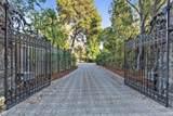 105 Baywood Avenue - Photo 4