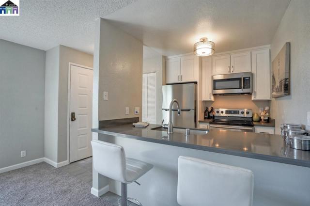 29621 Red Oak Court #11, Hayward, CA 94544 (#40862708) :: The Grubb Company