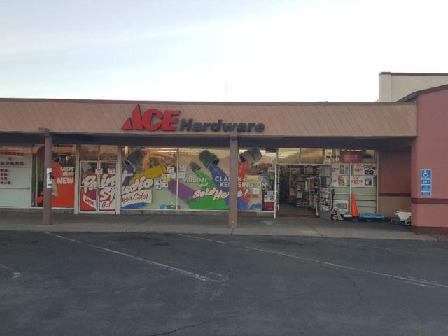 13740 Doolittle Drive, San Leandro, CA 94577 (#40808868) :: The Grubb Company