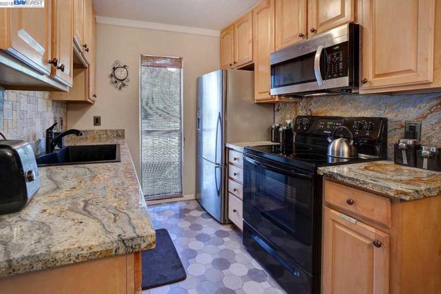 150 Sharene Lane #210, Walnut Creek, CA 94596 (#40814654) :: Realty World Property Network