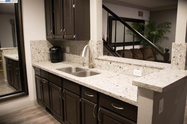2700 Oak Rd #17, Walnut Creek, CA 94597 (#40818436) :: Armario Venema Homes Real Estate Team