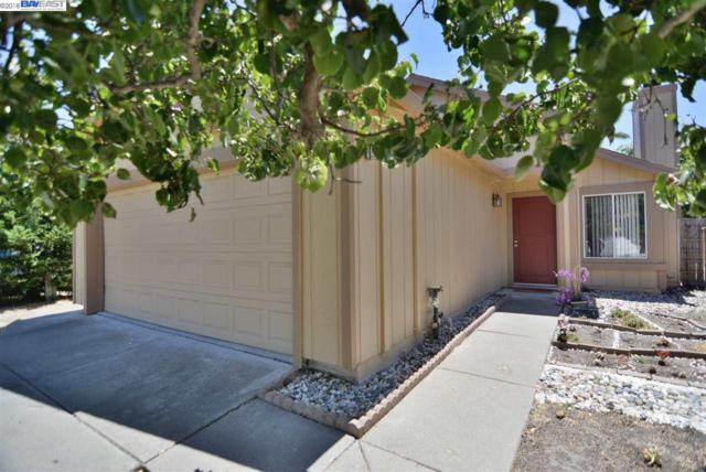 836 Turquoise St, Vacaville, CA 95687 (#40829430) :: The Grubb Company