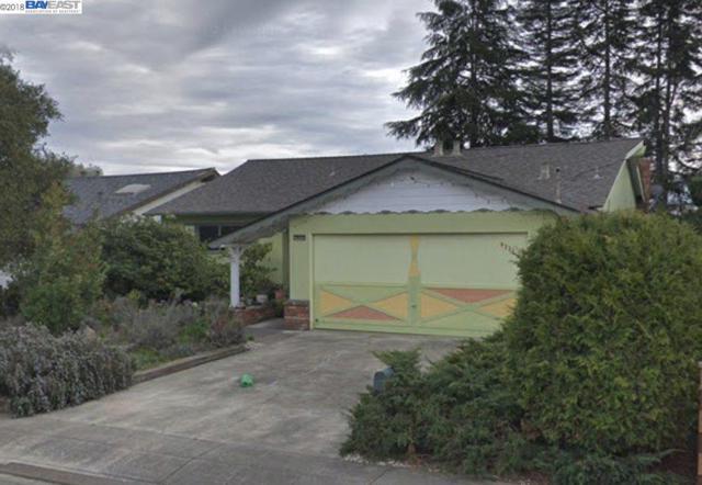 5221 Reedley Way, Castro Valley, CA 94546 (#40834339) :: The Grubb Company
