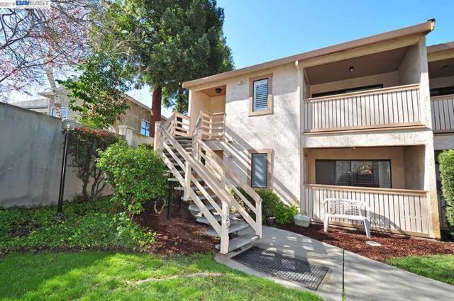 125 Ray St, Pleasanton, CA 94566 (#40856380) :: Armario Venema Homes Real Estate Team