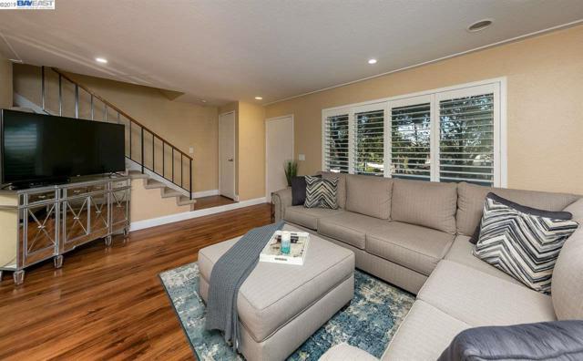 1023 Spring Valley Cmn, Livermore, CA 94551 (#40856603) :: Armario Venema Homes Real Estate Team
