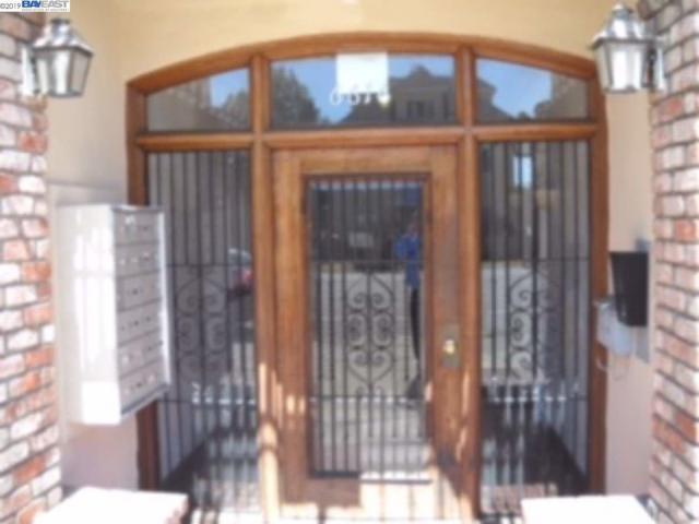 6616 Telegraph Ave, Oakland, CA 94609 (#40859707) :: Armario Venema Homes Real Estate Team