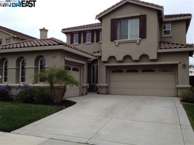 2225 Thomas Ct, Brentwood, CA 94513 (#40867339) :: J. Rockcliff Realtors