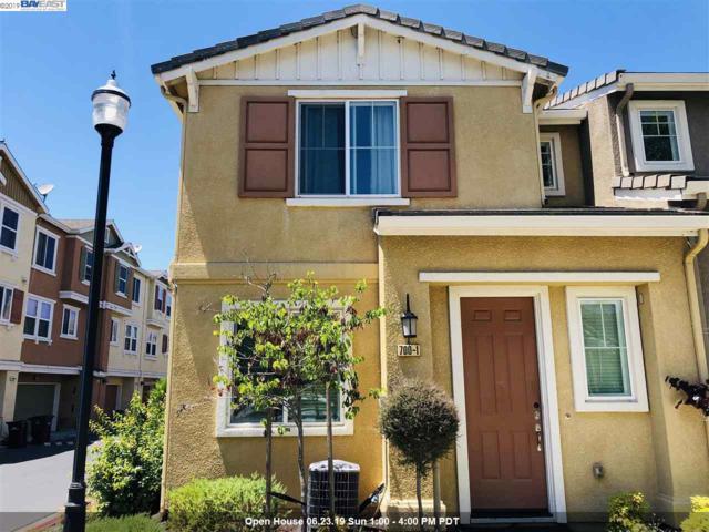 700 Old Oak Ln #1, Hayward, CA 94541 (#40870817) :: The Grubb Company