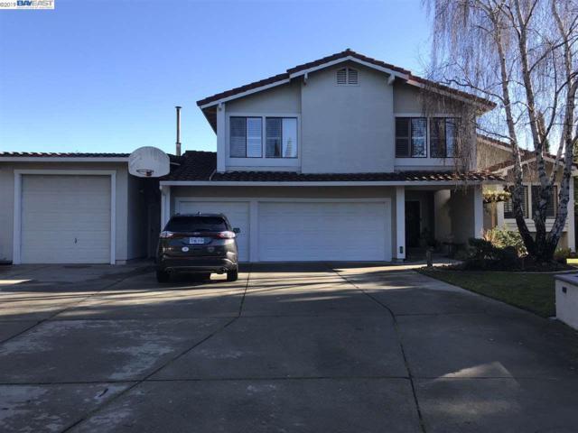 17650 Columbia Dr, Castro Valley, CA 94552 (#40871644) :: The Grubb Company