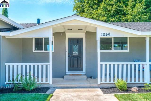 1044 Maria Drive, Oakdale, CA 95361 (#40888760) :: J. Rockcliff Realtors