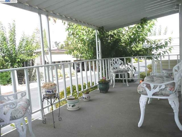 3231 Vineyard Ave., #83 #83, Pleasanton, CA 94566 (#40894483) :: The Lucas Group