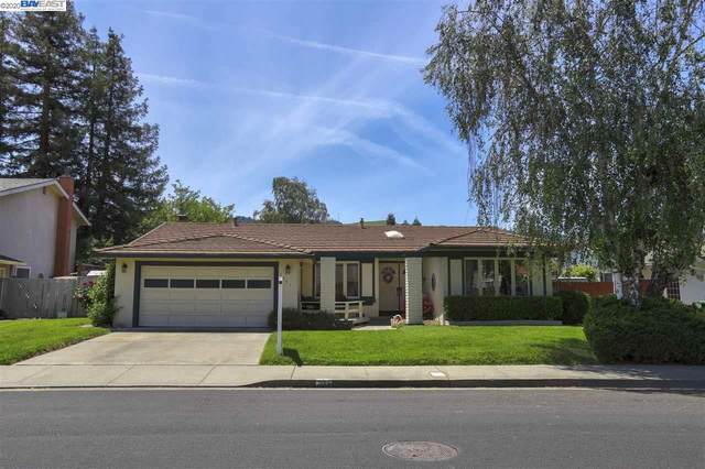 2862 Calle Reynoso, Pleasanton, CA 94566 (#40904175) :: Armario Venema Homes Real Estate Team