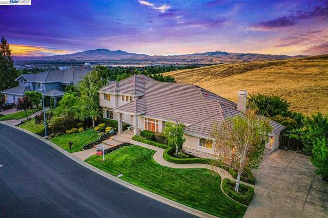 1372 Hearst Dr, Pleasanton, CA 94566 (#40906472) :: Armario Venema Homes Real Estate Team