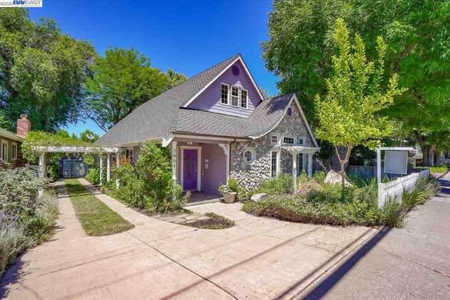 3981 Vineyard Ave, Pleasanton, CA 94566 (#40906851) :: Armario Venema Homes Real Estate Team