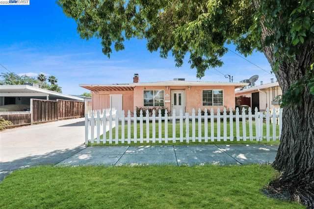 426 James St, Livermore, CA 94551 (#40907459) :: Armario Venema Homes Real Estate Team