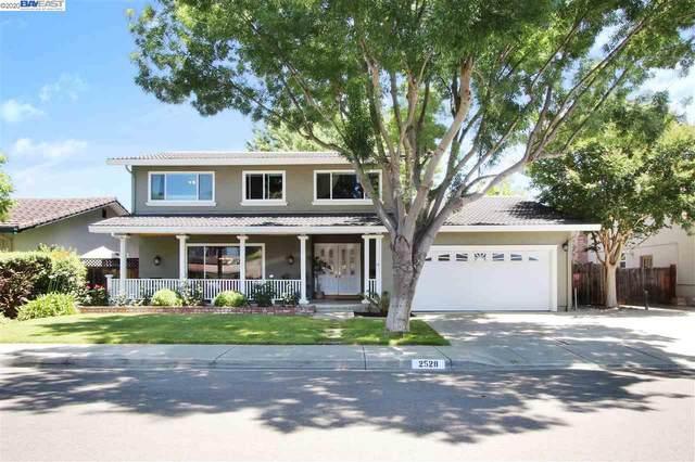2528 Willowren Way, Pleasanton, CA 94566 (#40909794) :: Armario Venema Homes Real Estate Team