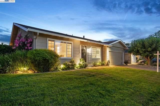 2134 Foxswallow Rd, Pleasanton, CA 94566 (#40910650) :: Armario Venema Homes Real Estate Team