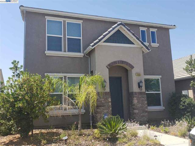 11333 N Blue Sage Ave, Fresno, CA 93730 (#40915027) :: Armario Venema Homes Real Estate Team