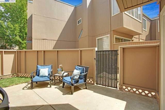 3901 Clayton Rd #1, Concord, CA 94521 (#40916829) :: The Grubb Company